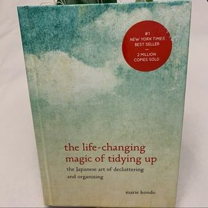 🛍 The Life Changing Art of TidyingUp by M.Kondo
